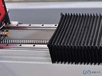 采用防尘折布方式完全包裹保护,防尘、水、油、砂对导轨、丝杆腐蚀延长使用寿命