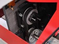 伺服电机与滚珠丝杆的连接采用弹性联轴器直接连接